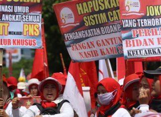 Yuddy: Pastikan 43 Ribu Bidan & Dokter PTT Jadi CPNS