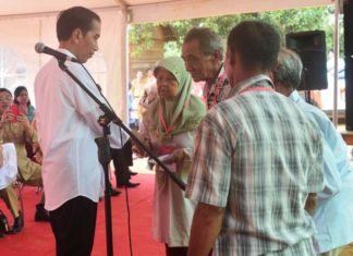 Presiden Serahkan Bansos Non Tunai Untuk 22.528 Keluarga di Kota Bandung
