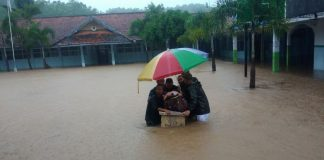 Di Guyur Hujan Kali Mambu Meluap; Jogya Dilanda Banjir