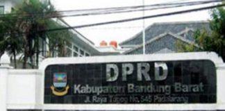 Puluhan Buruh KBB Sambangi DPRD