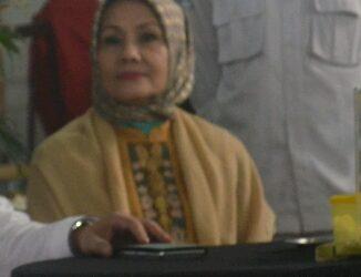 Contoh Sikap Bijak Sang Dokter Gigi Menghadapi Pertarungan Politik Sang Suami di Pilgub Jabar