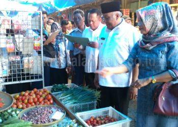 Wabup Pangandaran Lakukan Sidak Sembako di Pasar Pananjung Jelang Ramadhan