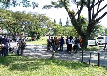 Jadwal Keberangkatan Molor, Team Debat Part 2 Pilkada KBB Terlunta-lunta
