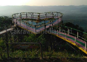 Pengunjung Bukit Bintang Kecewa di Bohongi Petugas Soal Tiket Masuk