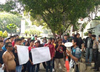 Warga dan Mahasiswa Desak Bawaslu dan KPU RI Sikapi Kejahatan Pilkada di Kabupaten Bogor