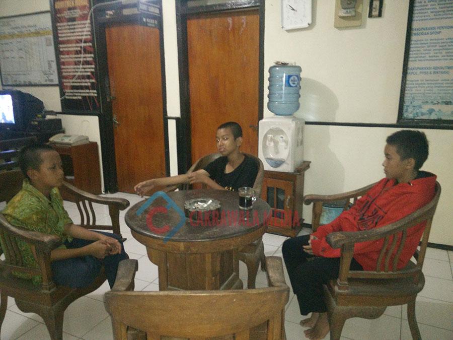 Tertinggal Rombongan, Tiga Pelajar Asal Tasikmalaya Telantar di Pangandaran