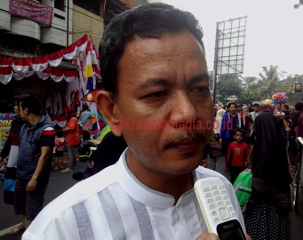 Asep M Tamam, Akademisi dan Pemerhati Politik Kota Tasikmalaya ( photo by deadz )