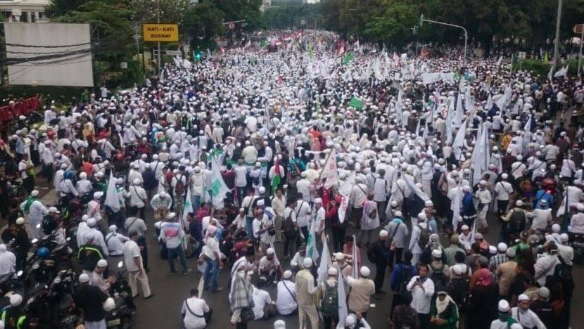 Aksi Umat Muslim Bela Alquran