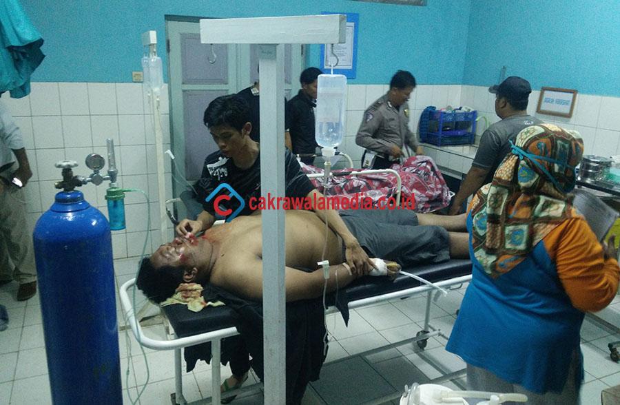 Lakalantas di Pangandaran, Mobil Pik UP Bermuatan 12 Wisatawan Asal Bandung