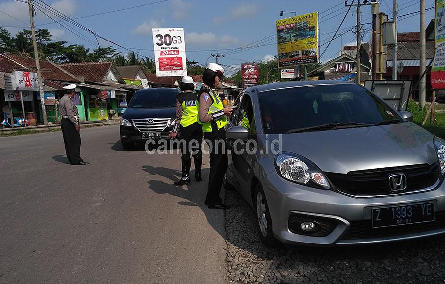 Antisipasi Massa ke Jakarta, Polisi Gelar Razia