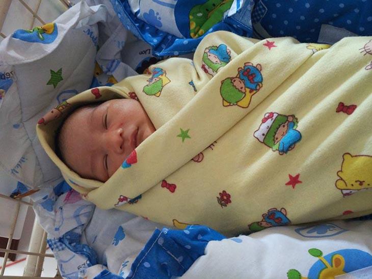 Bayi Dibuang di Warung Lingkar Gentong Tasikmalaya
