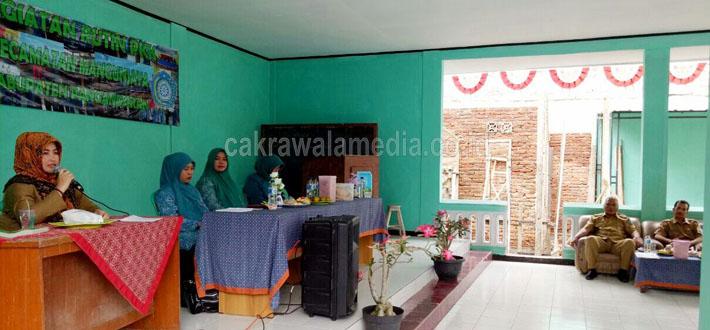 Kasi Pendataan dan Penetapan Cabang Pelayanan Pendapatan Derah Provinsi (CPPDP) Wilayah Kabupaten Pangandaran, Genti Ernawati,SE.MM,