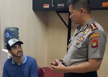 Tersandung Kasus Narkoba, Fahri Albar Digelandang Polisi di Rumahnya