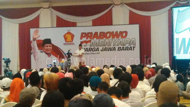 Di KBB, Prabowo Disambut Ribuan Massa