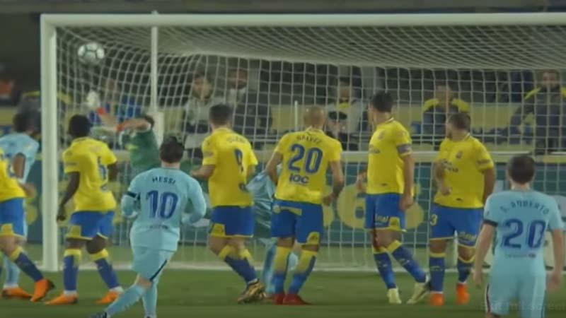 Gol Indah Messi Dibalas Pinalti Kontroversi Calleri, Pertandingan Berakhir Imbang 1-1