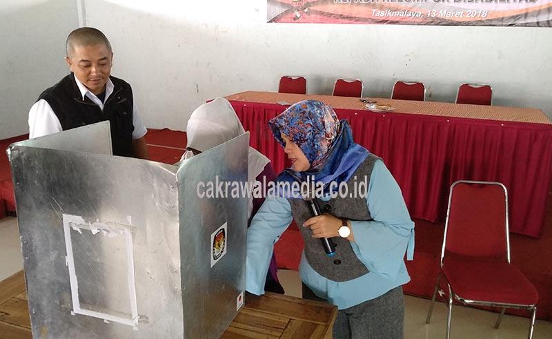 KPU Kota Tasik Gelar Sosialisai Pilgub Bagi Kaum Disabilitas