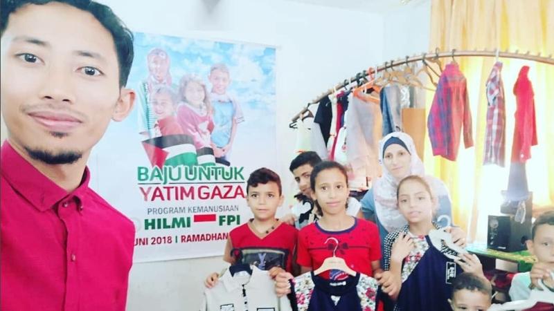 "Baju Bedug Lebaran dan ""RADIKALISME"" FPI Di Jalur Gaza"