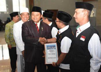 Bupati Minta Calon Jemaah Haji Jaga Nama Baik Bangsa Indonesia