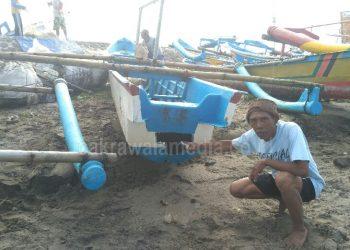 Puluhan Perahu Nelayan di Pangandaran Rusak Akibat Cuaca Buruk