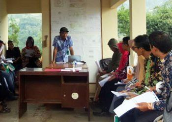 Dalam Bimtek di Bandung, Balitnak Ciawi-Bogor Jelaskan Kegunaan Kotoran Ternak