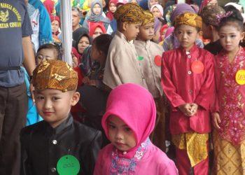 Kecamatan Cineam, Kokohkan Persatuan dengan Gelaran Seni Budaya