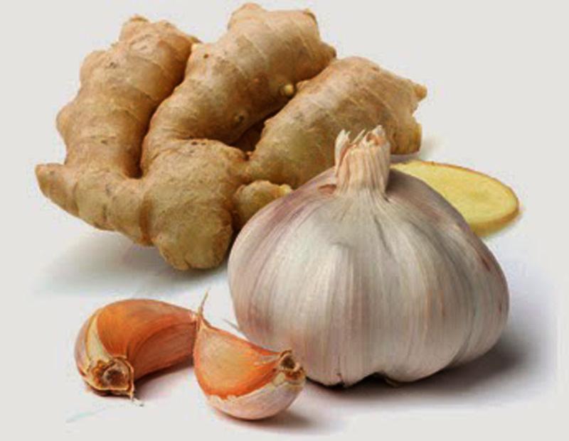 Makan Bawang Putih dan Madu Saat Perut Kosong, Ini yang Akan Terjadi dalam 7 Hari!