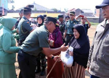 Peringati HUT TNI ke-73, Kodam III/Siliwangi Gelar Baksos