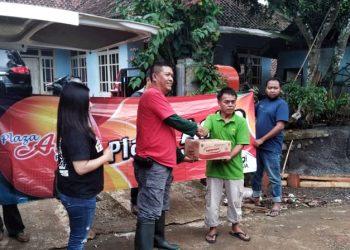PJT Salurkan Bantuan untuk Korban Banjir Bandang di Culamega