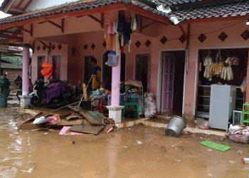 Banjir Bandang di Cipatujah Rendam Belasan Rumah