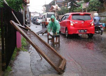 Selain Mandek, Proyek Gorong-gorong Makan Korban