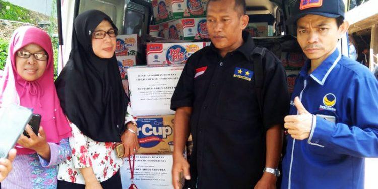 Mayjen TNI (Purn) Supiadin Aries Saputra Bantu Korban Bencana Alam Kab. Tasik