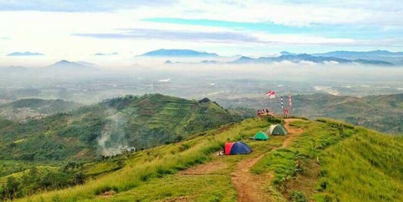 Puncak Rindu, Salah Satu Destinasi Wisata Eksotis di Padalarang