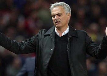 Manajemen MU Minta Pecat Mourinho