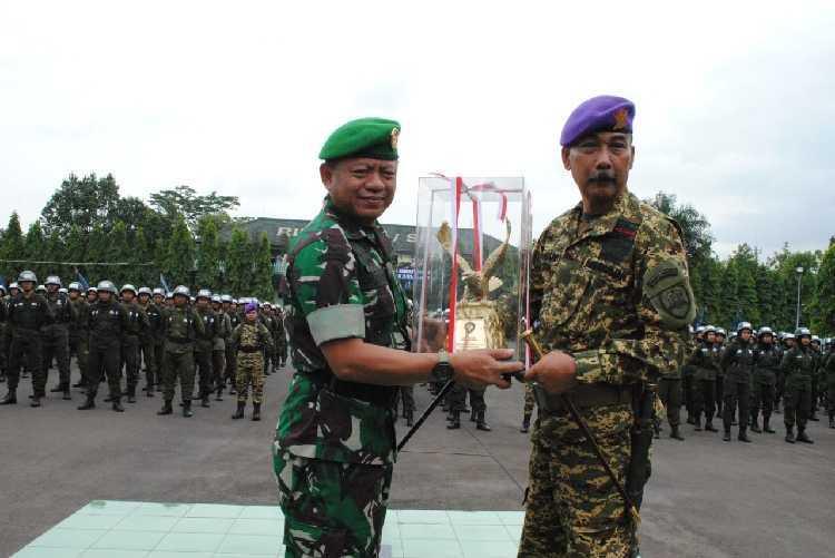 Danrindam III Siliwangi Membuka Pendidikan Dan Latihan Dasar Kemiliteran Resimen Mahasiswa