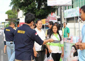 Sebarkan Informasi, Imirasi Kelas l TPI Bandar Lampung Bagi-bagi Brosur