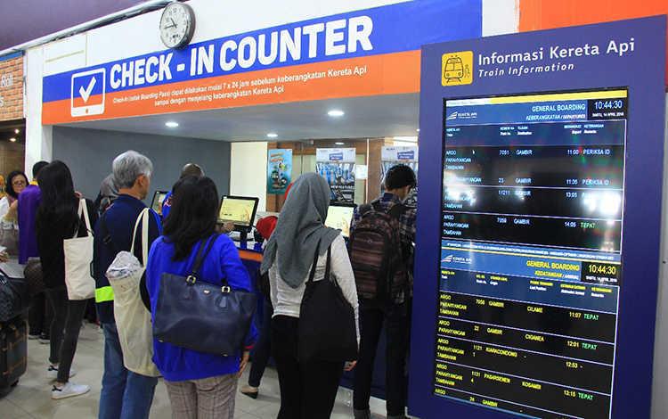 Sekarang, Penumpang KAI Bisa Check-In di Seluruh Stasiun Online