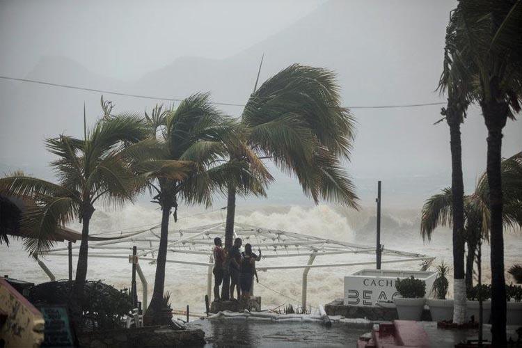 FOTO: Ilustrasi Badai Tropis/NET
