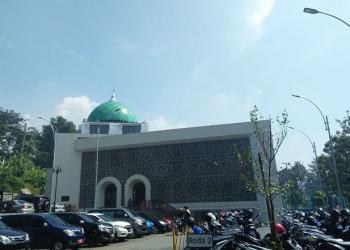 Melongok Masjid Assalam, Masjid Pemkot Berdesain Kontemporer