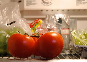 5 Buah ini Hilang Kadar Gizinya Jika Disimpan di Kulkas