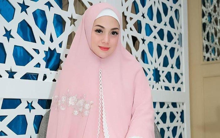 Celine Evangelista Tidak Menutup Diri Menjadi Muslim