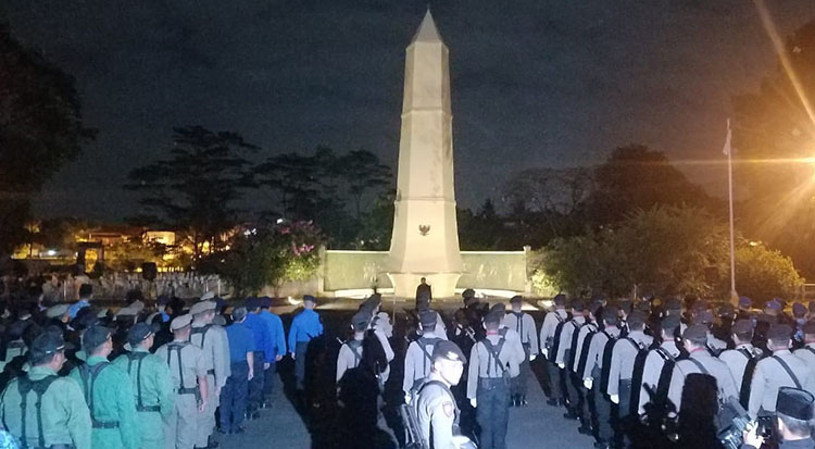 Dandim 0612 Tasik Pimpin Apel Renungan Suci HUT RI di TMP Kusumah Bangsa