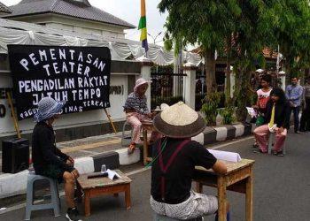 Ada Teater PRJT di DPRD Kota Tasik, Singgung Soal Koruptor yang Suap Hakim