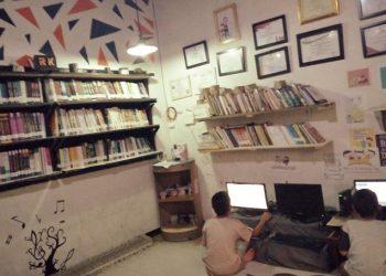Asyiknya Berbagi Inspirasi Pada Dunia Literasi