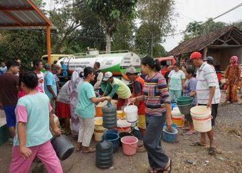 Selama Kemarau ACT Distribusikan Setengah Juta Liter Air Bersih