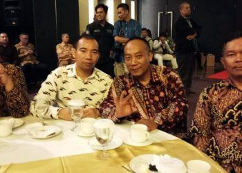 H. Tang Sumardi (Kedua dari kanan)