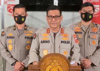 Polri Serahkan Naskah Materi Calon Kapolri ke Komisi III DPR