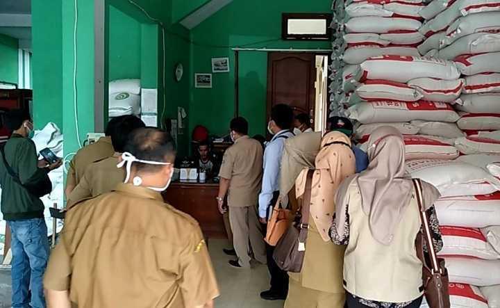 Tim TPID Pemkot Tasik Lakukan Sidak Stok Dan Harga Kacang Kedelai